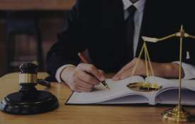 What Causes the Decreasing Growth Within Law Firms