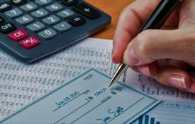 Tips for Calculating a Regular Rate of Pay For Your Employees