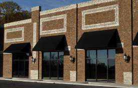 Negotiating Commercial Lease Terms That Challenge Property Management