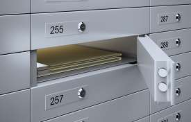 Safe Deposit Box: Contracts, the Relationship, Compliance and Risk Management